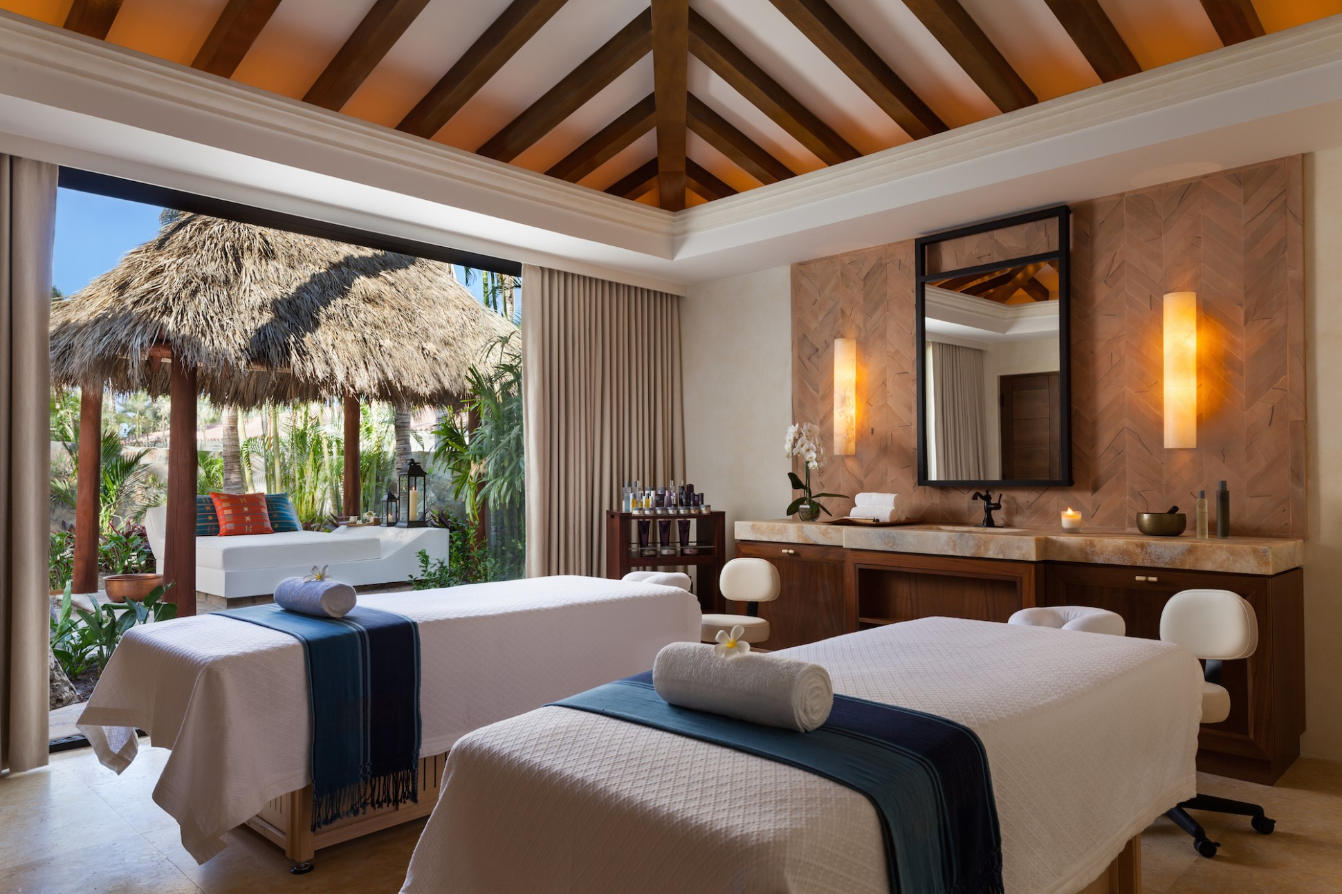 OneOnly-Palmilla_OneOnly-Spa-Treatement-Room