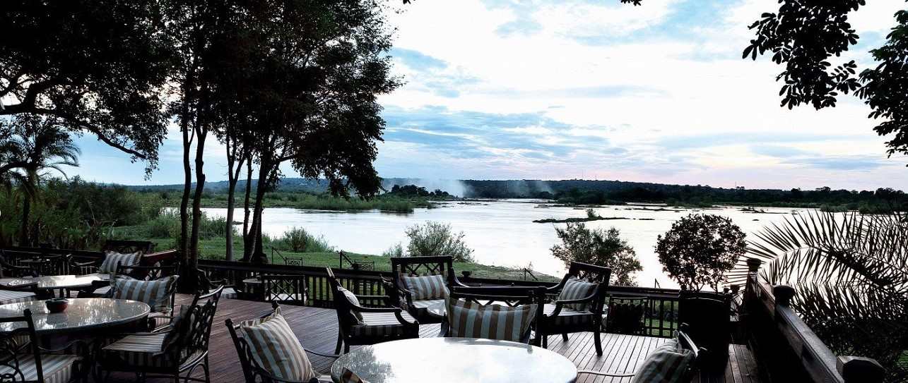 Royal-Livingstone-Resort-The-Sundeck
