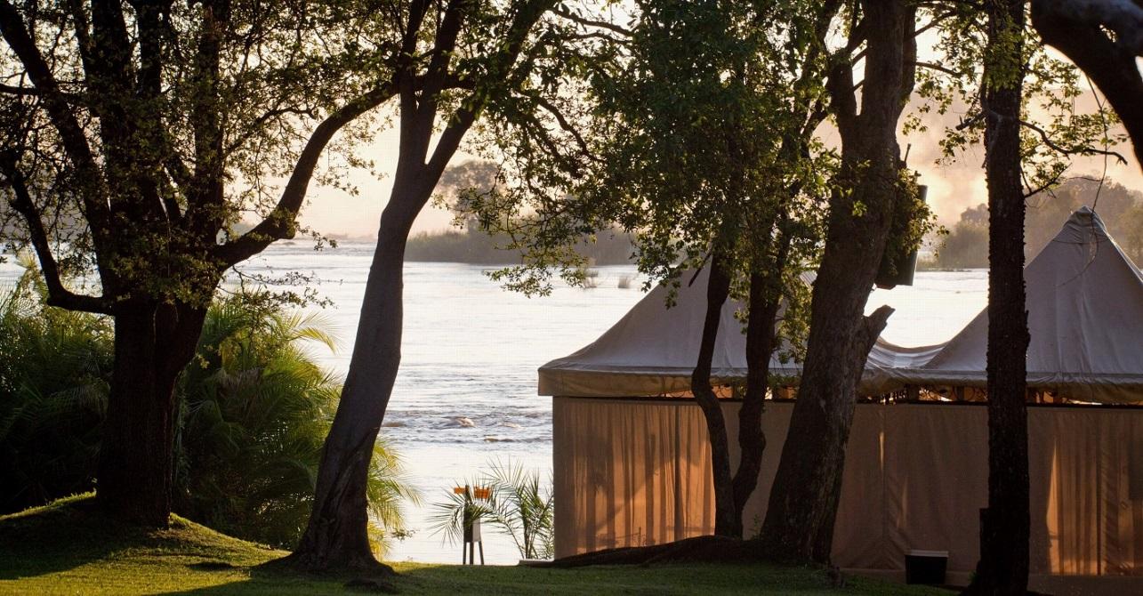 royal-livingstone-spa-outdoor-massage-tent