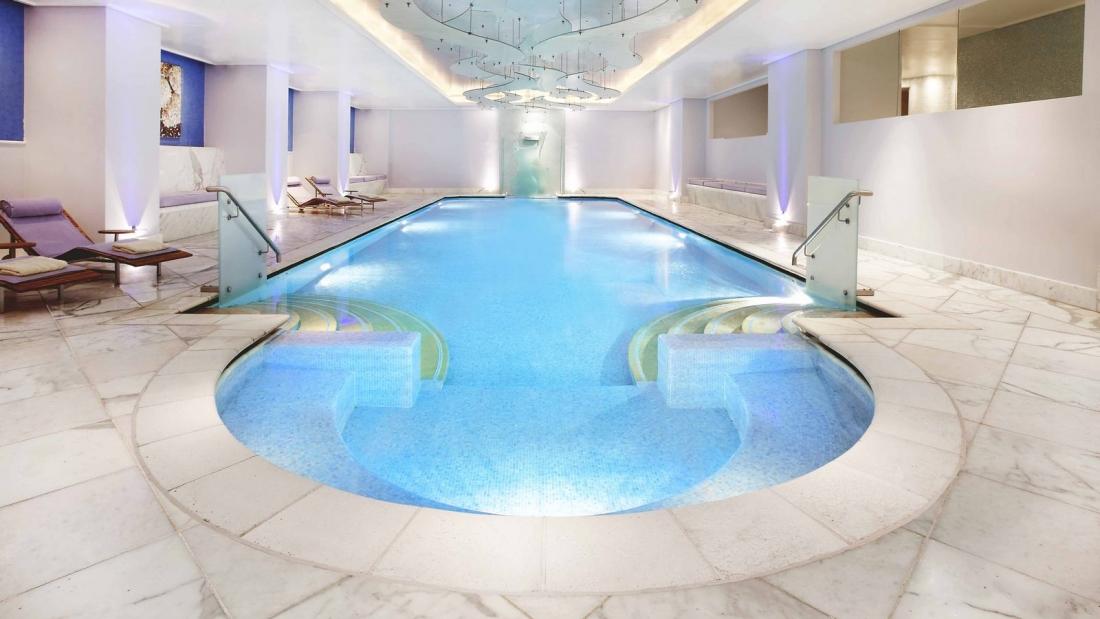1600x900_GB-Indoor-Pool