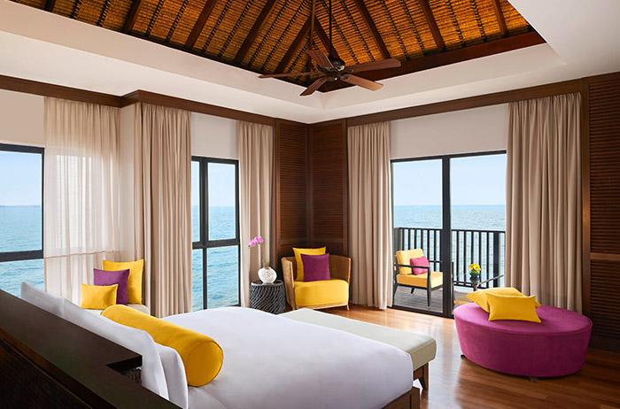 6.Three-Bedroom-Villal-Master-Bedroom
