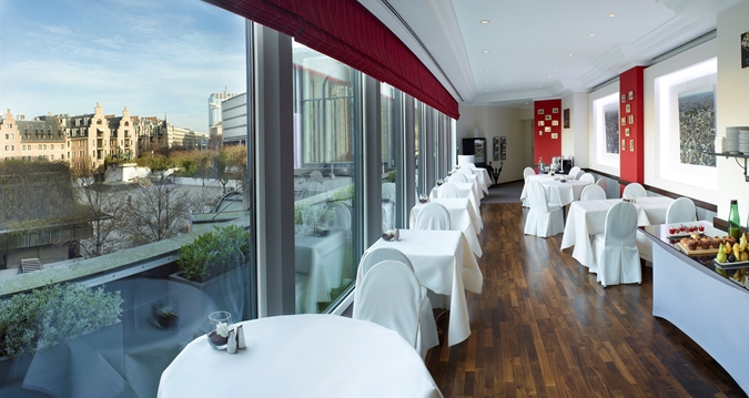 HILTON BRUSSELS_execlounge
