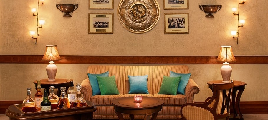 Rambagh Palace Hotel _PoloBar_2A - Crop